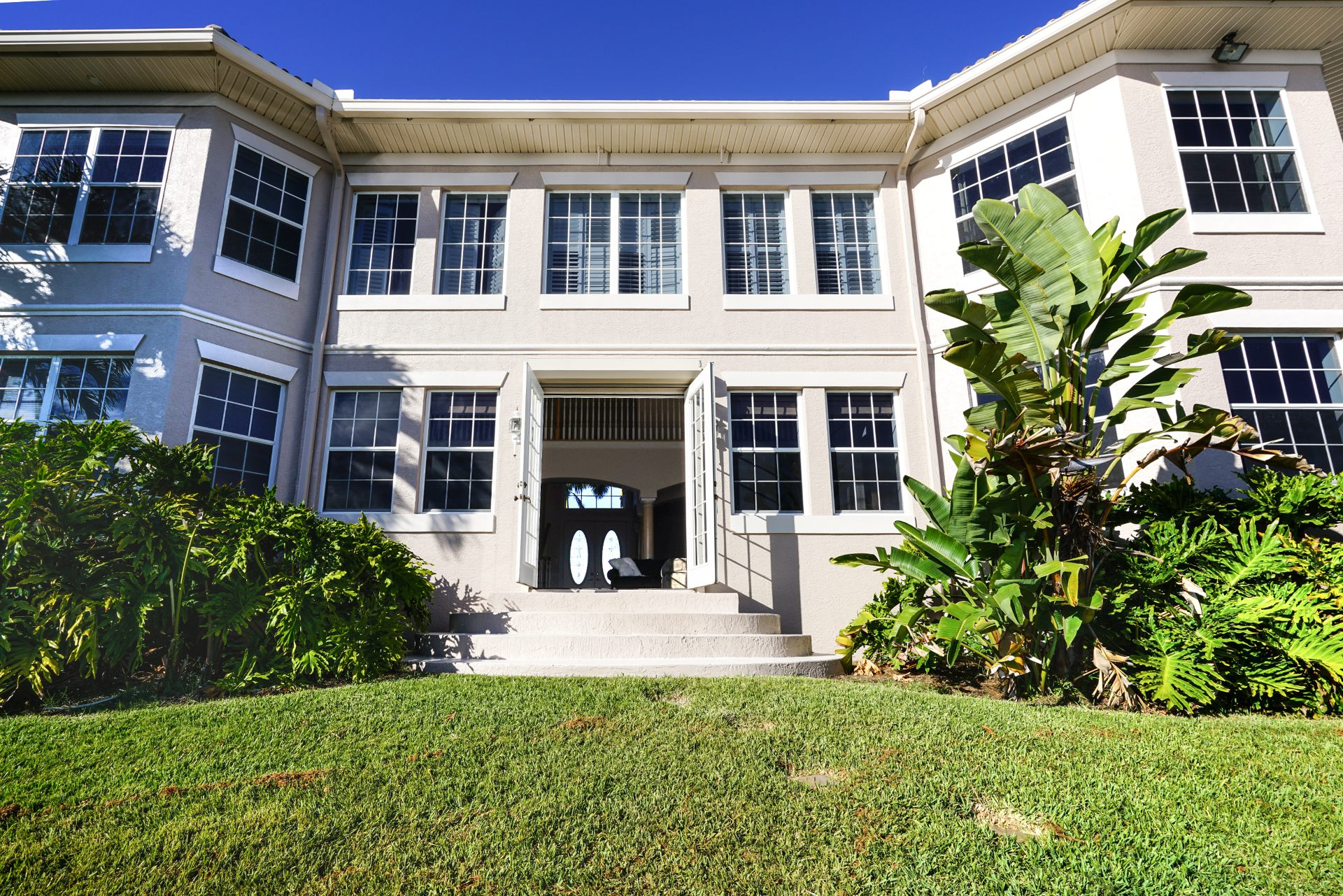villa blue lagoon ferienvilla in florida. Black Bedroom Furniture Sets. Home Design Ideas