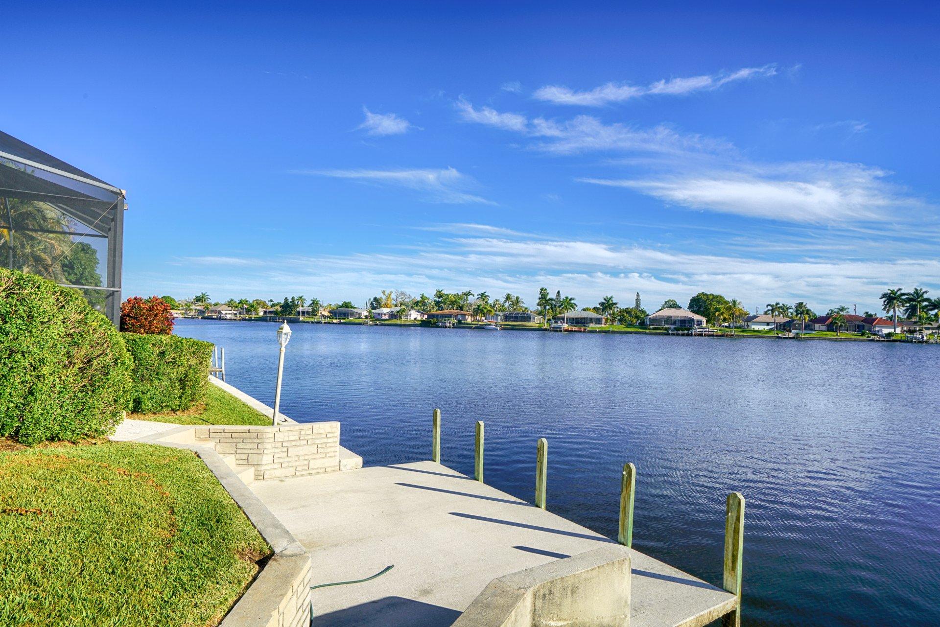 villa blue lagoon new ferienvilla in florida. Black Bedroom Furniture Sets. Home Design Ideas