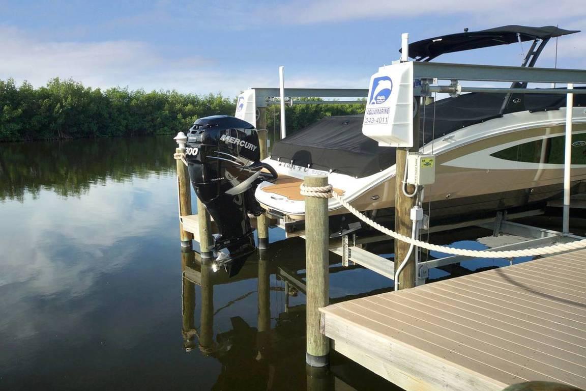 Boot Dock im Ferienhaus