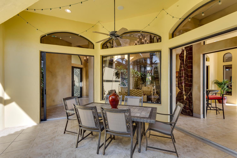 Atrium und privater Whirlpool in Florida