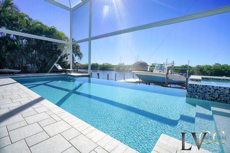 Pool im Ferienhaus