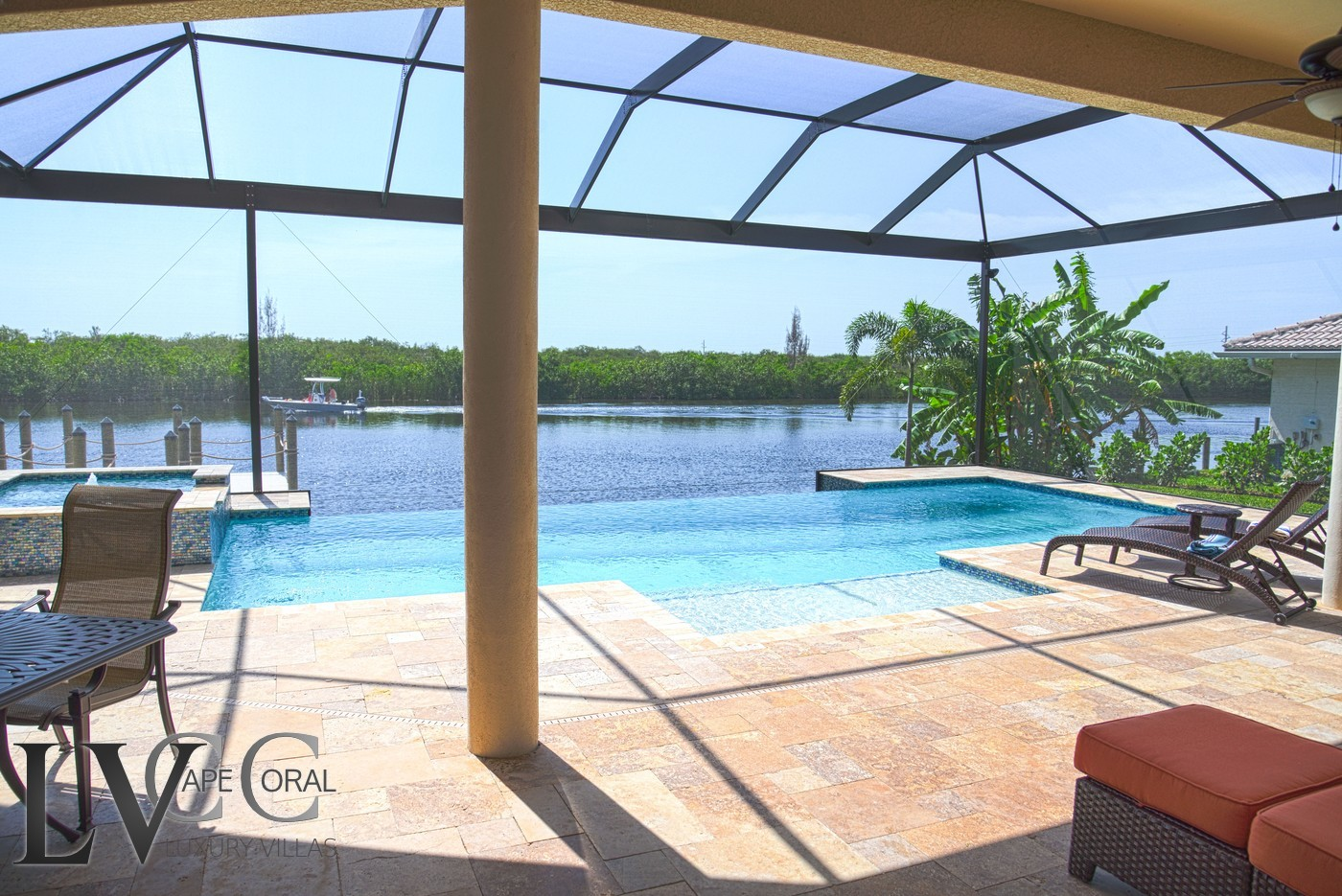 Luxus villen cape coral ft myers florida villa overview for Pool lanai cost