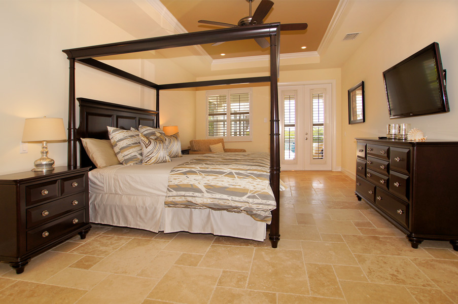 Bedrooms in Florida
