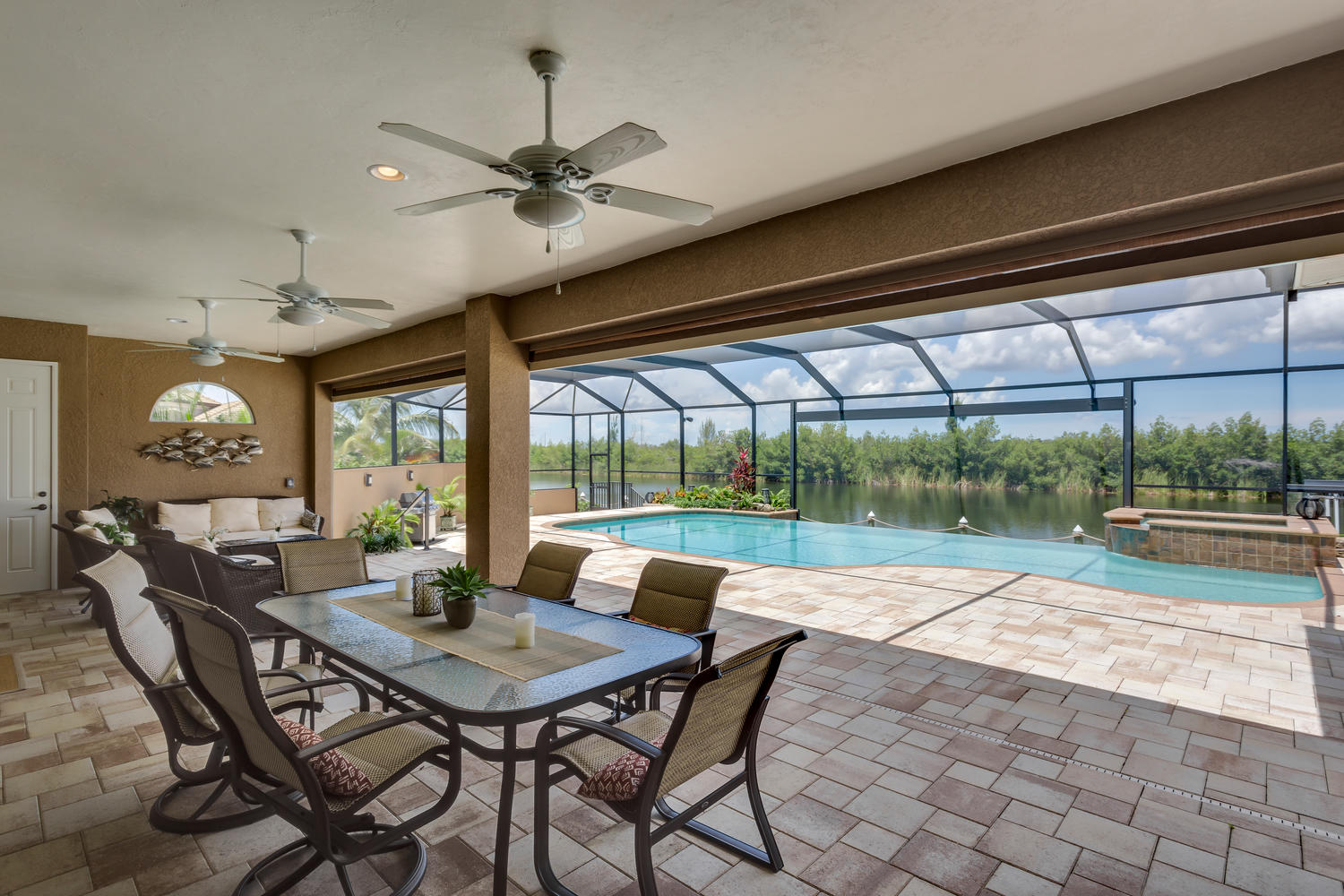 Pool und Outdoor Area in Cape Coral