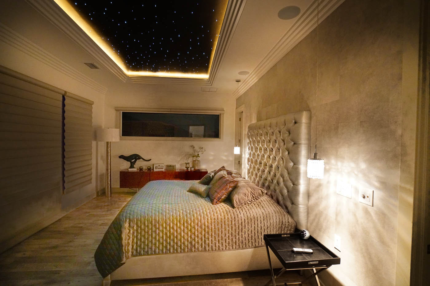 white crystal ferienvilla in florida. Black Bedroom Furniture Sets. Home Design Ideas